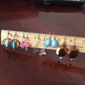 Jewelry - 5 pairs costume earrings